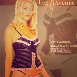 Leg AVE. 2 PC.Striped Babydoll,Full Back Panty